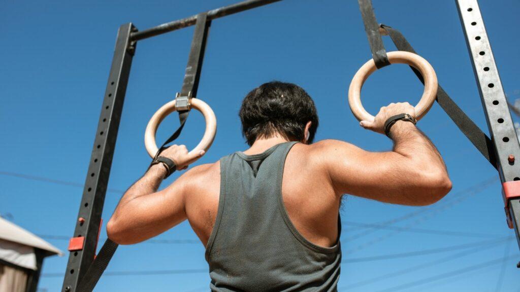 03 Calisthenics Workout - ©www.canva.com