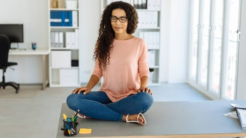 Yoga Nidra und Meditation: was sind die Unterschiede